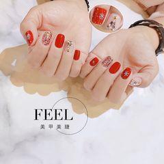 红色方形圣诞短指甲简约钻饰美甲图片