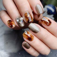 方圆形晕染金箔短指甲手绘施华洛世奇日式猫眼琥珀琥珀甲美甲图片