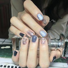方圆形蓝色贝壳片猫眼短指甲美甲图片