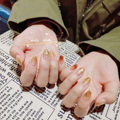 橙色金箔晕染尖形贝壳片美甲图片