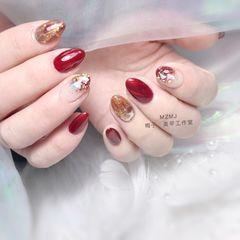 红色尖形新年贝壳片金箔晕染渐变魔镜粉猫眼美甲图片