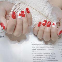 红色新年简约彩绘美甲图片