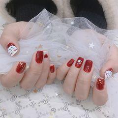 红色方形新年金箔心形招财猫美甲图片