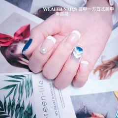 蓝色方圆形手绘法式珍珠美甲图片