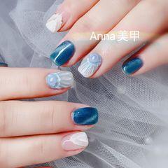 方圆形蓝色白色猫眼贝壳珍珠美甲图片