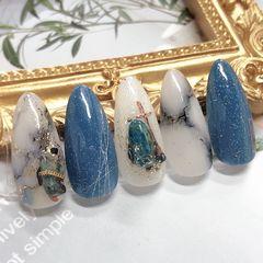 尖形蓝色白色晕染石纹金箔蓝色大理石美甲图片