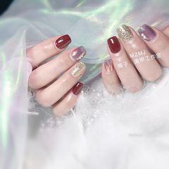 红色方圆形新年珍珠亮片玻璃纸银色美甲图片