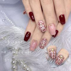 方圆形新年格纹粉色珍珠车厘子红 毛呢纹美甲图片