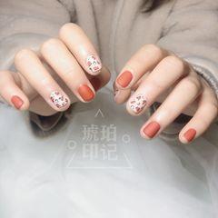 橙色方圆形磨砂简约豹纹美甲图片