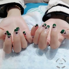 方圆形绿色黑色心形法式美甲图片