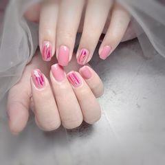 方圆形春天玻璃纸粉色美甲图片