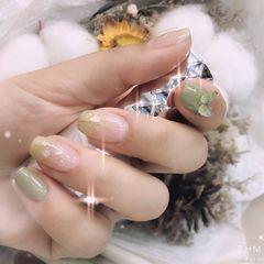 绿色方形春天贝壳片网红蝴蝶🦋爱情的颜色美甲图片