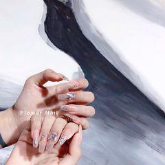 银色裸色方圆形夏天新娘渐变钻美甲图片