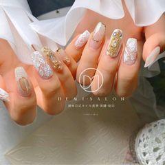 白色新娘花朵美甲图片