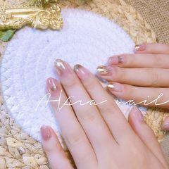 裸色圆形夏天短指甲上班族简约魔镜粉美甲图片