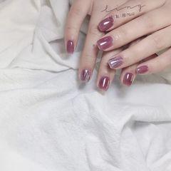 方圆形夏天简约紫色美甲图片