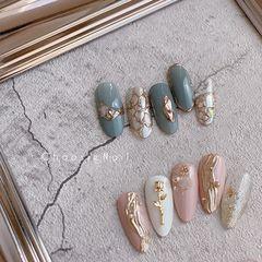 圆形贝壳片金箔美甲图片