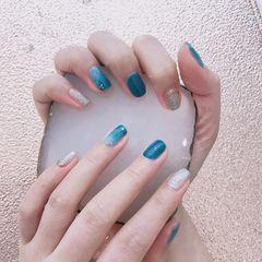 蓝色金箔渐变简单夏天款🧚🏻♀️🧚🏻♀️美甲图片
