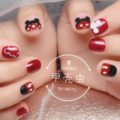 红色方形短指甲米奇美甲图片