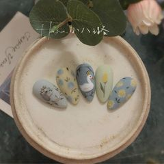 蓝色尖形磨砂夏天跳色花朵彩绘美甲,夏日小清新美甲图片