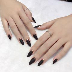 尖形磨砂简约黑色法式魔镜粉美甲图片