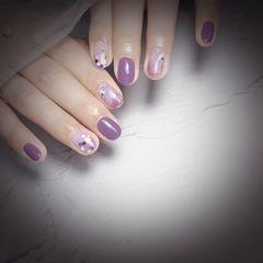 圆形夏天晕染紫色美甲图片