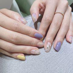 黄色方圆形晕染贝壳片紫色去年画玻尿酸鸭的小姐姐美甲图片