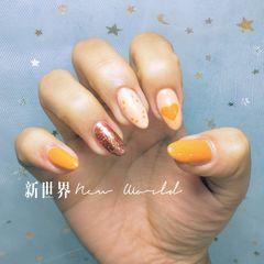 橙色夏天跳色美甲图片