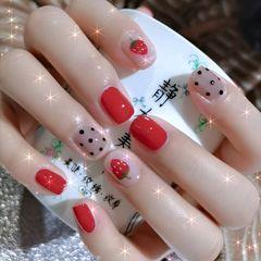 红色方圆形夏天跳色简约可爱短指甲波点好可爱的草莓🍓美甲图片