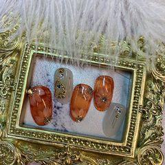 橙色裸色圆形新娘简约金箔钻饰秋天琥珀手绘小花🌸美甲图片
