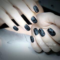 磨砂方圆形简约黑色水滴美甲图片