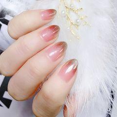 尖形短指甲新娘上班族金箔简约渐变金色美甲图片