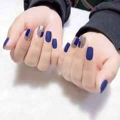 蓝色方形跳色简约魔镜粉美甲图片