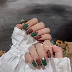 绿色方圆形磨砂豹纹金色焦糖色美甲图片