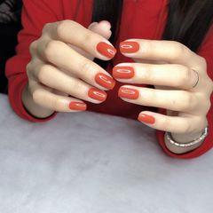 橙色方圆形短指甲上班族美甲图片