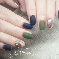 绿色蓝色方圆形磨砂钻美甲图片