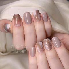 裸色方圆形晕染简约棕色手绘韩式美甲图片