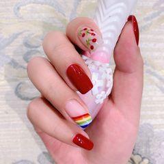 酒红色彩虹可爱樱桃美甲图片
