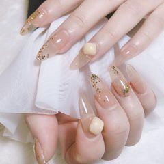 金箔钻饰亮片日式美甲图片