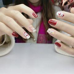 红色方圆形白色圣诞手绘美甲图片