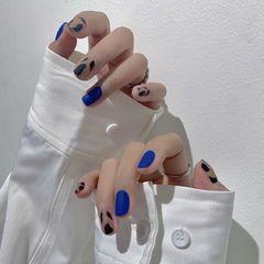 蓝色方形磨砂波点短指甲简约上班族晕染豹纹美甲图片