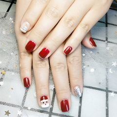红色方圆形圣诞美甲图片