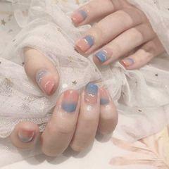 裸色蓝色方圆形渐变简约短指甲上班族美甲图片