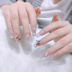 银色方形新娘美甲图片
