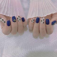 蓝色简约手绘可爱日式豹纹美甲图片
