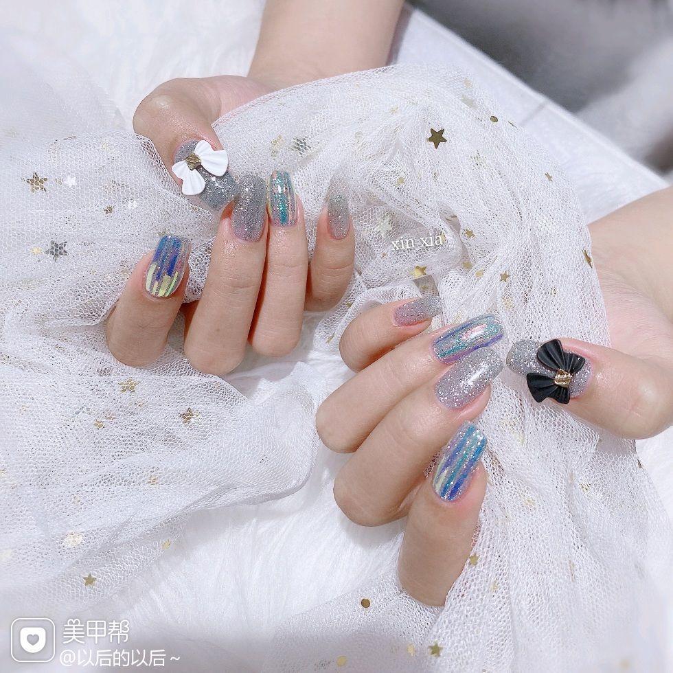 银色方圆形新娘上班族美甲图片