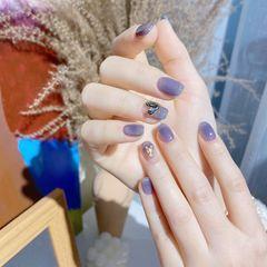 蓝色方形夏天简约高级清透感的冰晶蓝美甲 超显白美甲图片