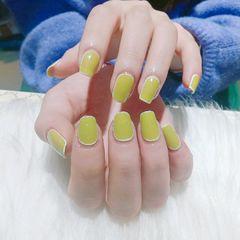 绿色方圆形美甲图片