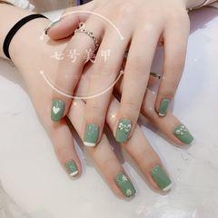 绿色方形夏天美甲图片