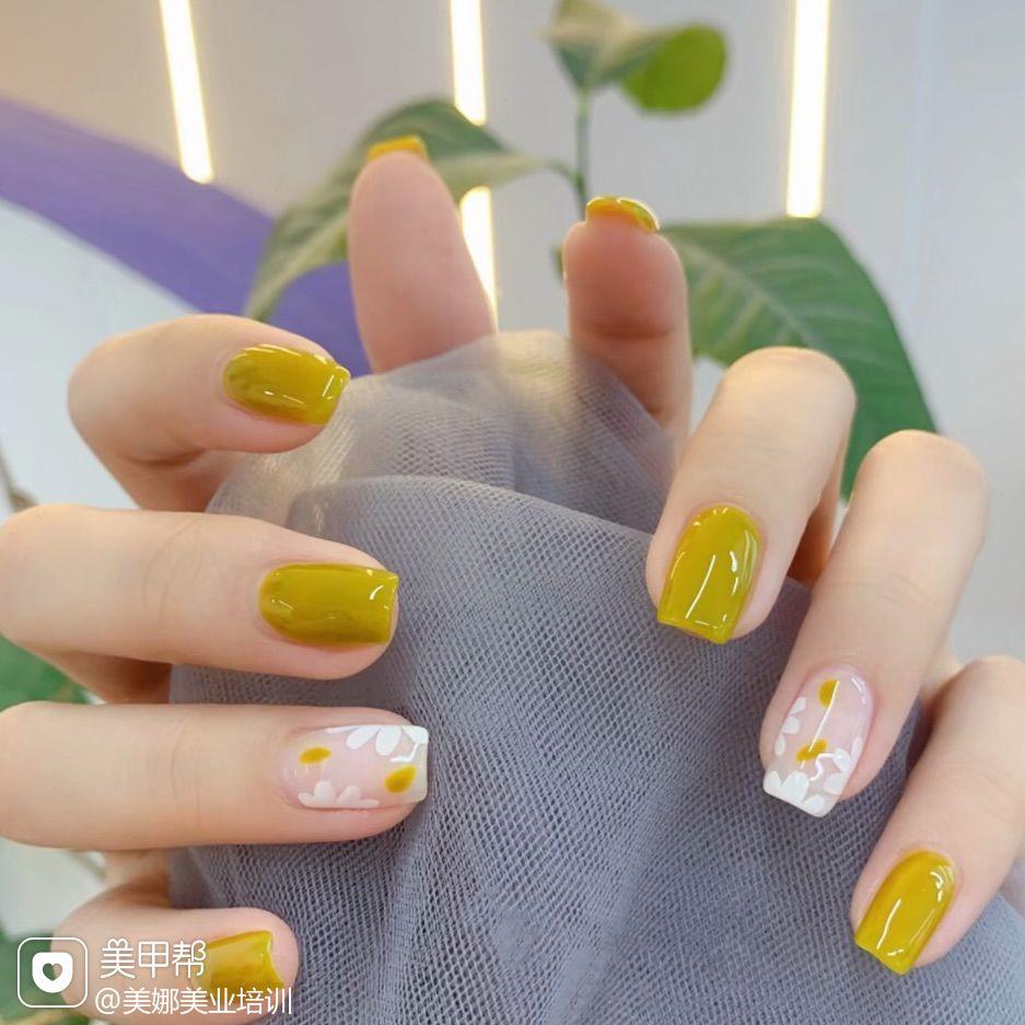 绿色夏天美甲图片